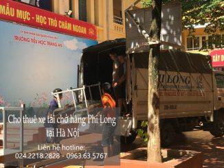 Taxi tải Phi Long tại phố Hàng Hòm.