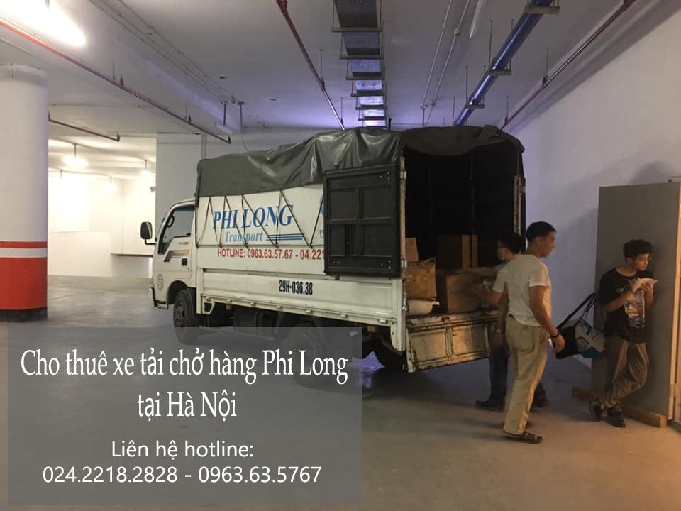 Taxi tải chở hàng tết Phi Long phố Giảng Võ
